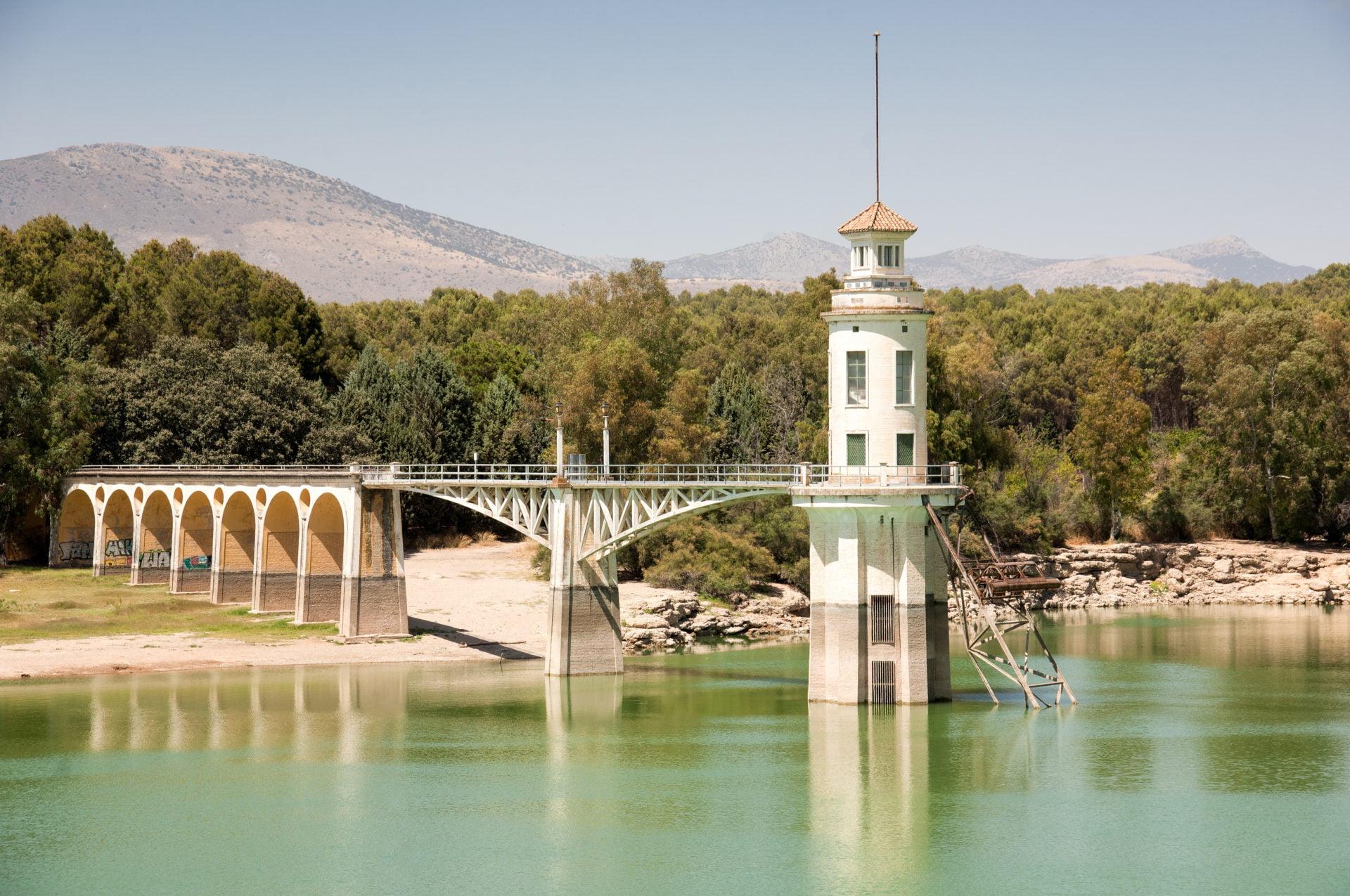 Prachtig meer vlakbij Granada