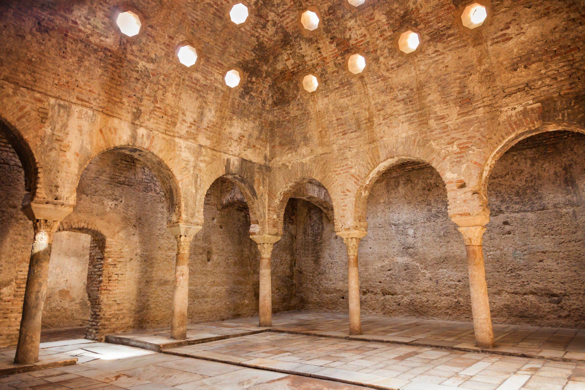 Een bezoek aan het 11e eeuwse badhuis in Granada