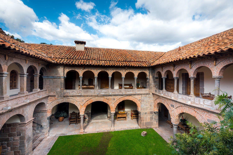 Welke traditionele bouwstijlen zien we in Noord-Spanje?