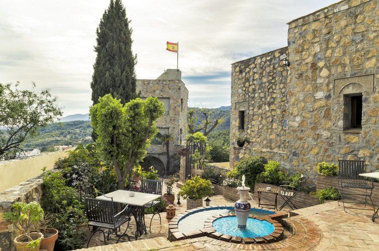 12 Toffe overnachtingsadresjes in Andalusië-Castillo de Monda